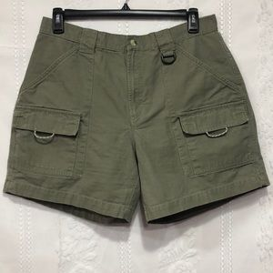Columbia Light Olive Omni-Shade Shorts XL